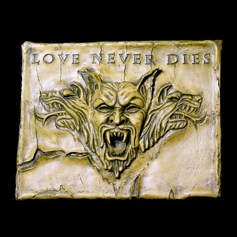Love Never Dies Wall Plaque