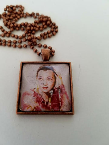Anna May Wong 1937 Cabochon Necklace