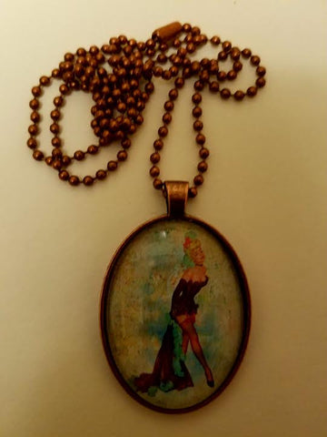 Fille Burlesque Cabochon Necklace