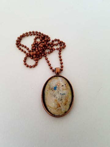 Le Chat Cabochon Necklace