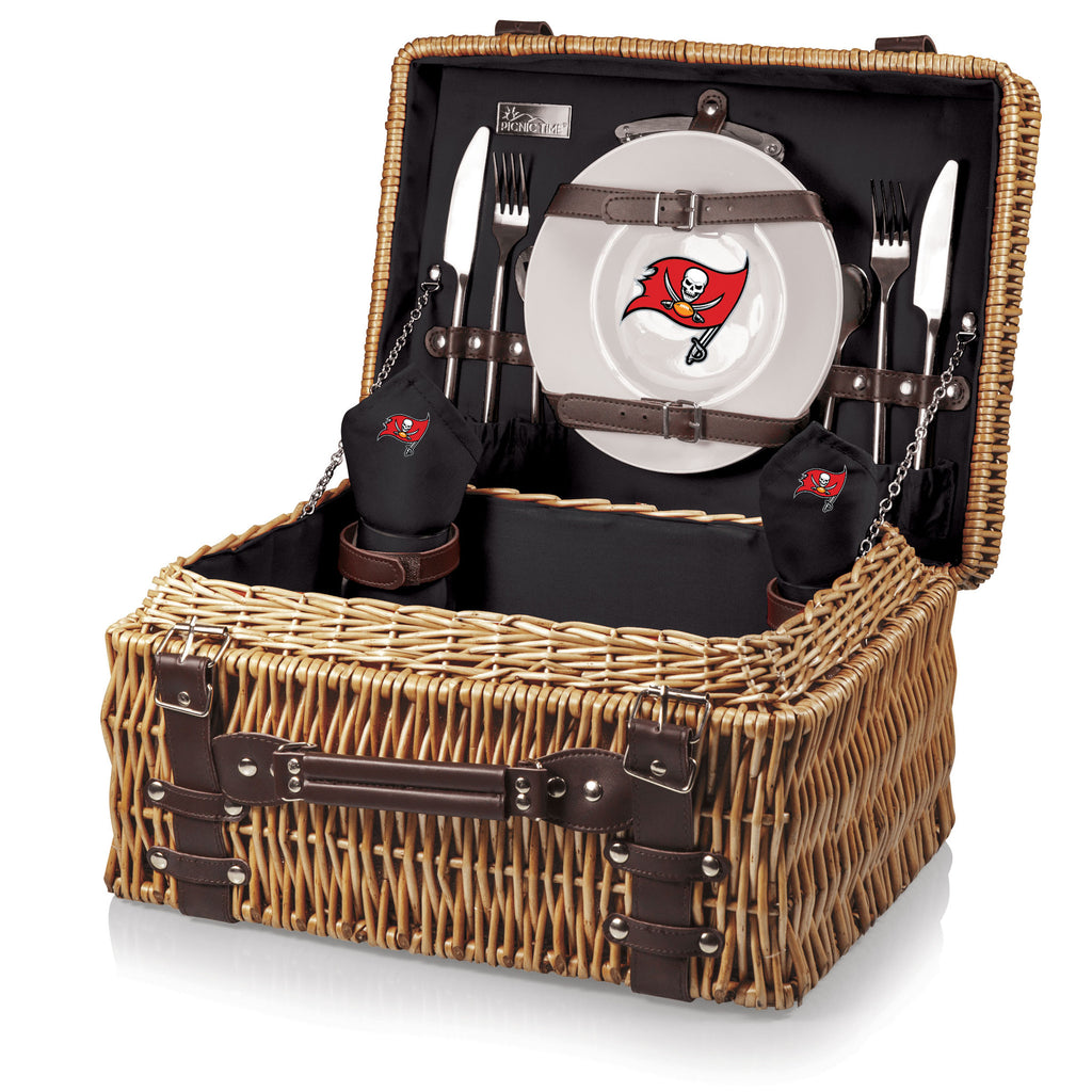 The Tampa Bay Buccaneers Champion Basket Picnic Time 208-40-100-304-2