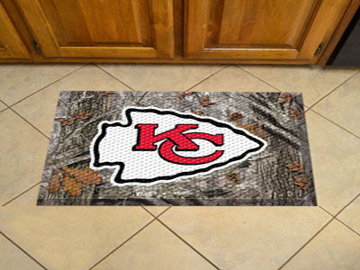 The Kansas City Chiefs Camo Scraper Mat - FanMats 18967