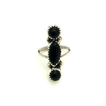 Black Onyx Breeze Ring