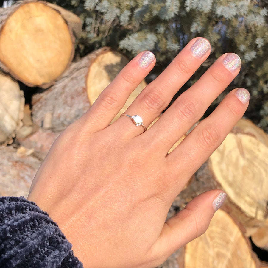White Shell Dainty Ring