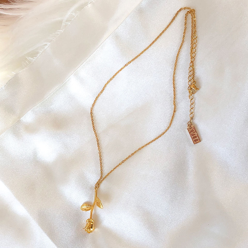 Venus Rose Necklace