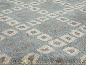 Lattice Squares Porcelain Blue Living Room Wool Area Rug - TulipFiesta - 1