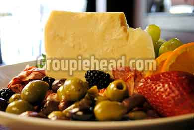 Stock Photography GH01-024 Cheese & Olives