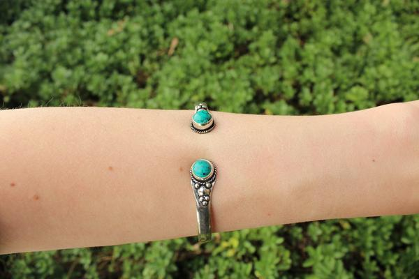 [Green metal stone adjustable cuff gypsy bohemian style jewelry or jewellery]- The Namaste Boutique