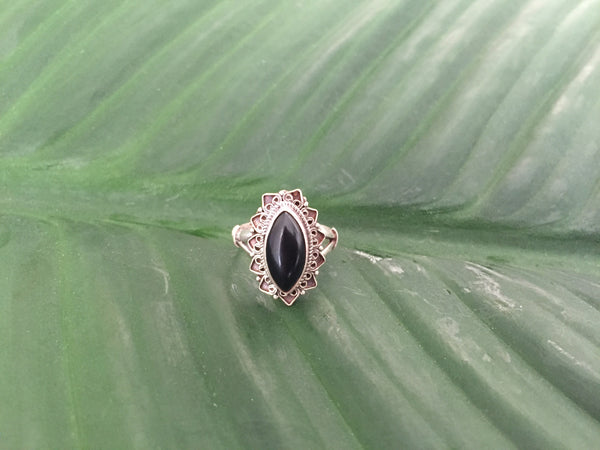 Sterling silver black onyx gemstone ring