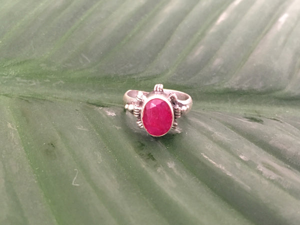 Sterling silver ruby beryl gemstone ring