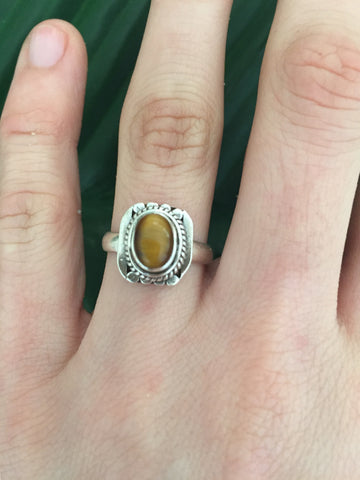 Sterling silver tigers eye gemstone ring