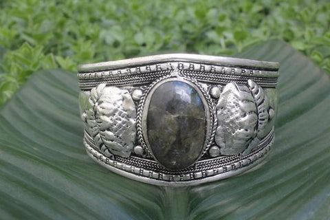 [Metal laborite adjustable cuff gypsy bohemian style jewelry or jewellery]- The Namaste Boutique