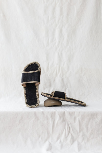 Ceremony Slides | Black
