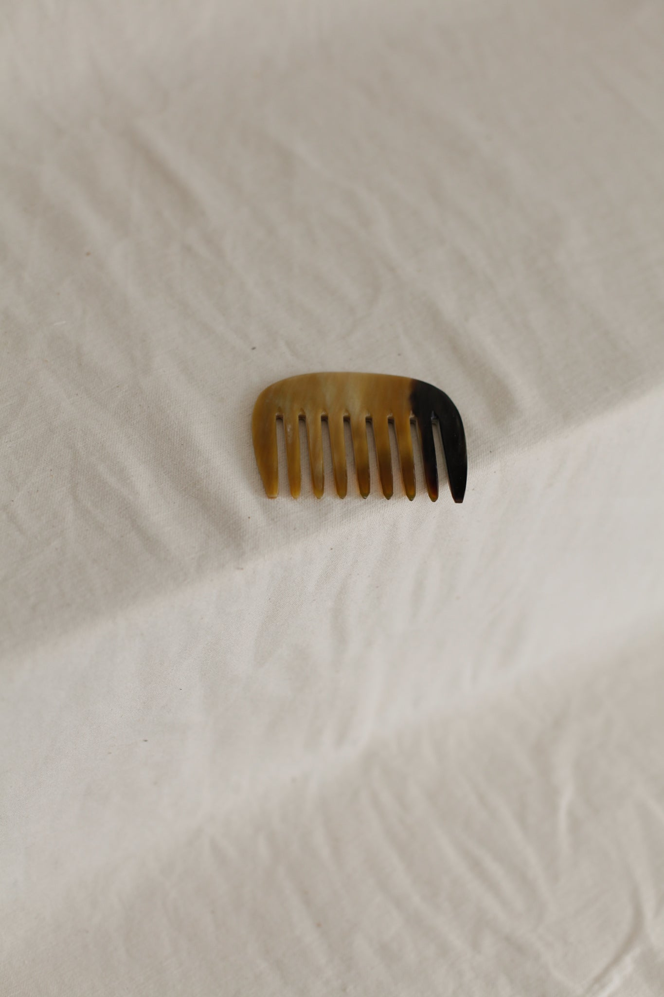 Buffalo Horn Comb | 9 Tooth