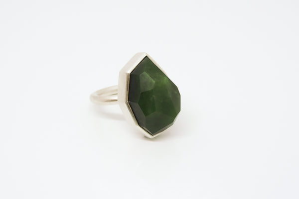 Pounamu Facetted Geometric Ring