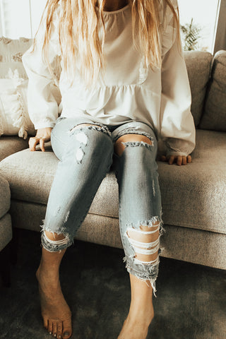 The Samar Ripped Jeans - Light Wash