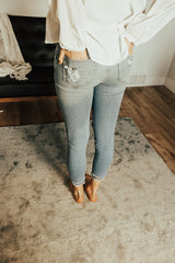 The Aya Cropped Jeans