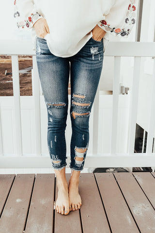 The Samar Ripped Jeans - Medium Wash