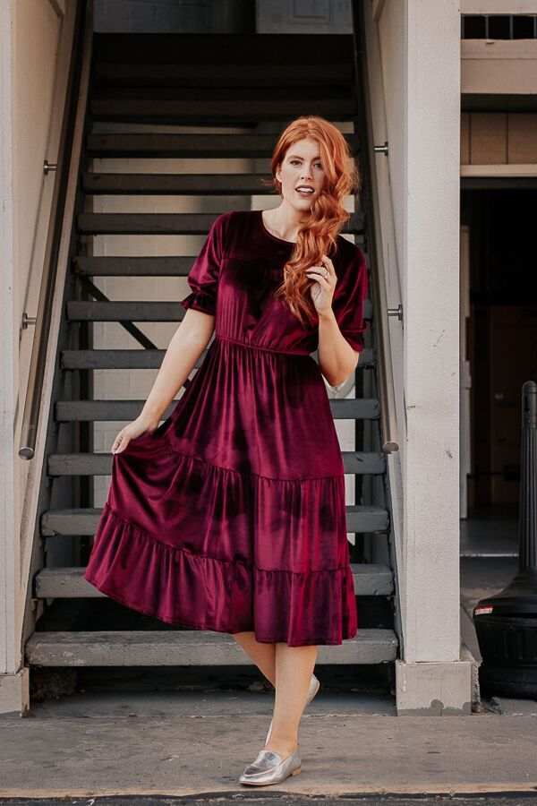 16ba73fe7 The Velvet Holiday Dress in Wine – Paige Avenue
