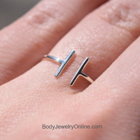 negative space bar ring midi ring trendy in style ring jewelry