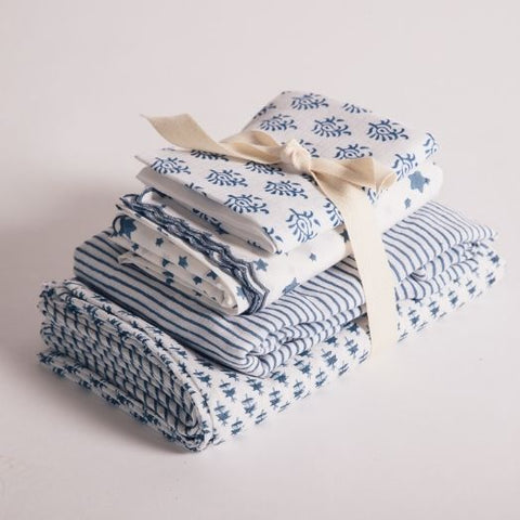 Kit Your Cot Out Gift Set in Indigo