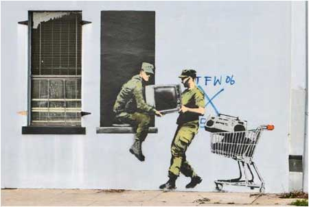 https://cdn.shopify.com/s/files/1/1003/7610/files/Banksy-Looting-Soldiers.jpg?215589363686558757