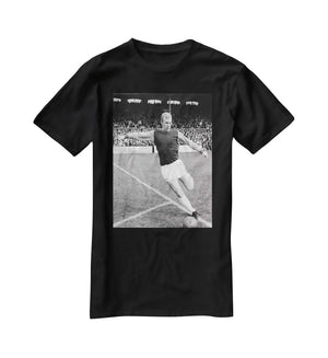 Bobby Moore West Ham Footballer T-Shirt - Canvas Art Rocks - 1