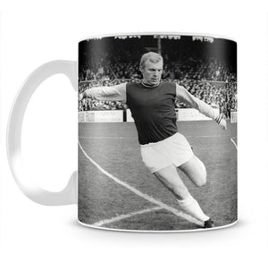 Bobby Moore West Ham Footballer Mug - Canvas Art Rocks - 2