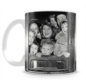 Cheerful train evacuees Mug - Canvas Art Rocks - 2