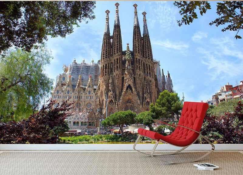 La Sagrada Familia Wall Mural Wallpaper - Canvas Art Rocks - 1