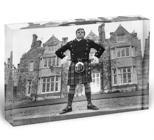 Oliver Reed in a kilt Acrylic Block - Canvas Art Rocks - 1