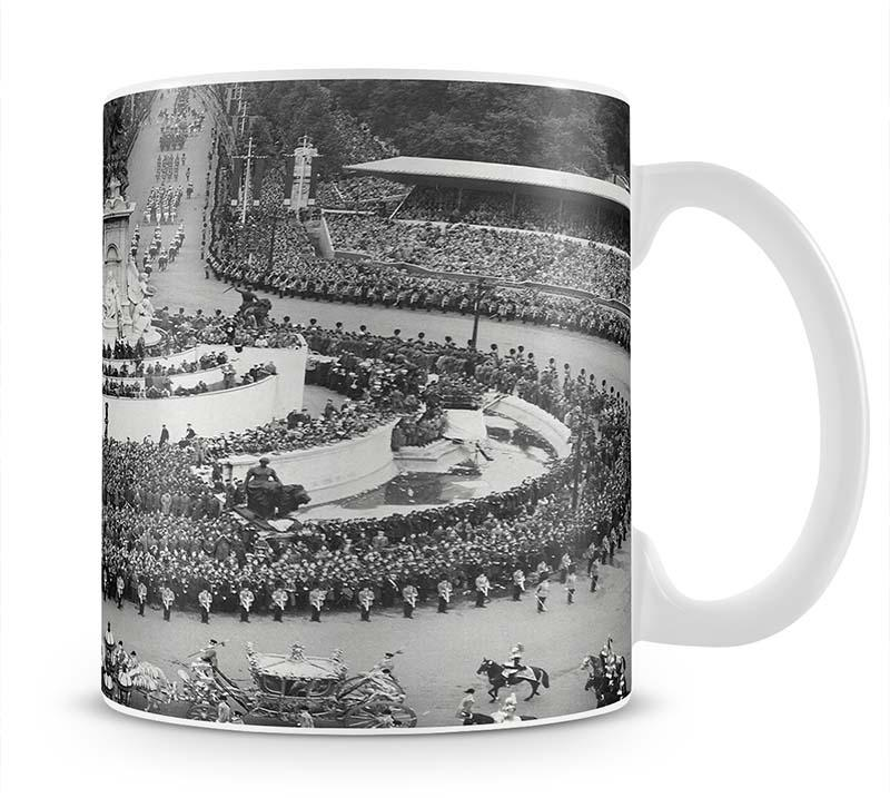 Queen Elizabeth II Coronation leaving Buckingham Palace Mug - Canvas Art Rocks - 1