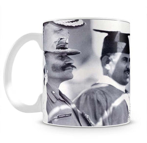 Queen Elizabeth II laughing during her tour of India Mug - Canvas Art Rocks - 2