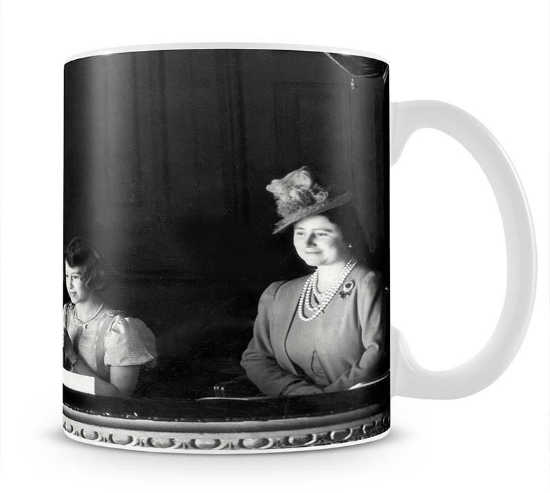 Queen Elizabeth II with her parents entranced viewing the stage Mug - Canvas Art Rocks - 1