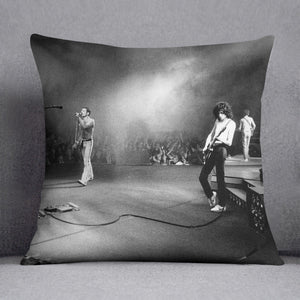Queen Live Cushion