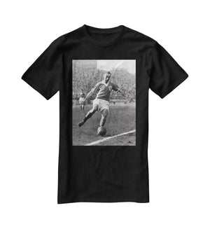 Stanley Matthews playing football T-Shirt - Canvas Art Rocks - 1