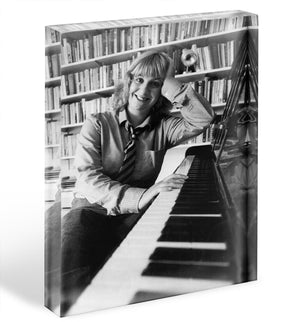 Victoria Wood at the piano Acrylic Block - Canvas Art Rocks - 1