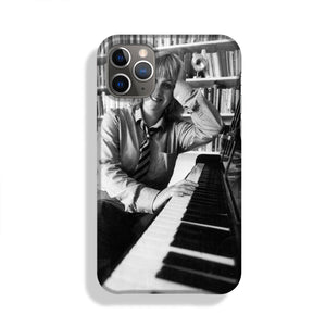 Victoria Wood at the piano Phone Case iPhone 11 Pro Max