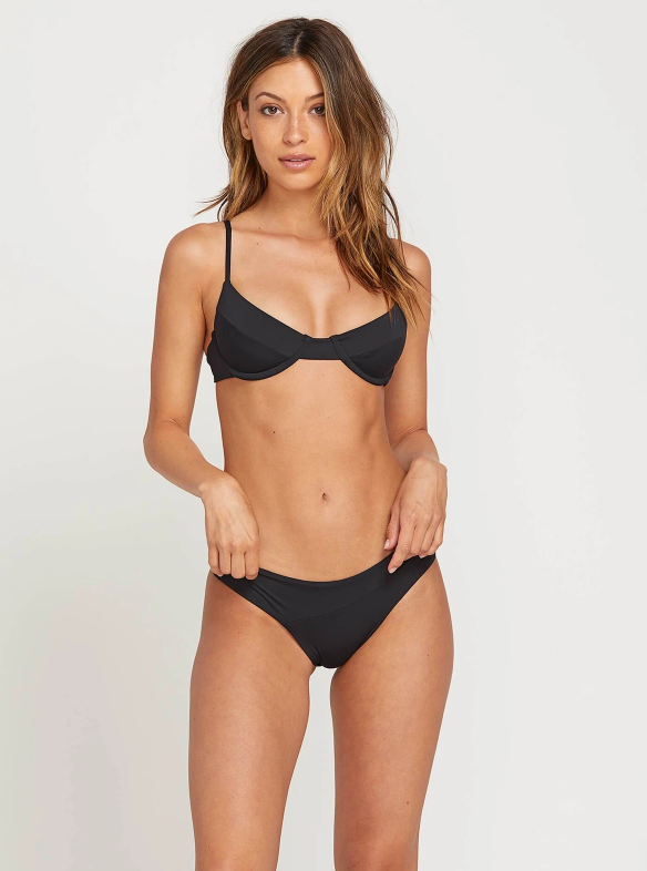Simply Seamless Underwire Top in Black