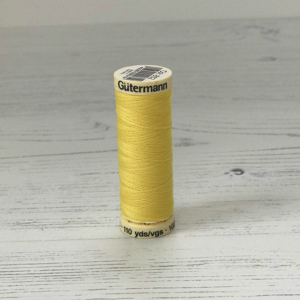 Gütermann Sew-All Thread: 852