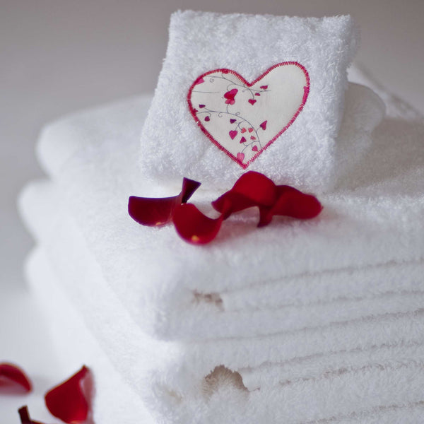 Appliqué Heart Towels