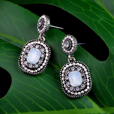 DT007E Bead Stone Tear Drop Earring - Silver