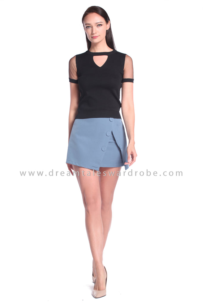 DT1025 Knitted Keyhole Top - Black