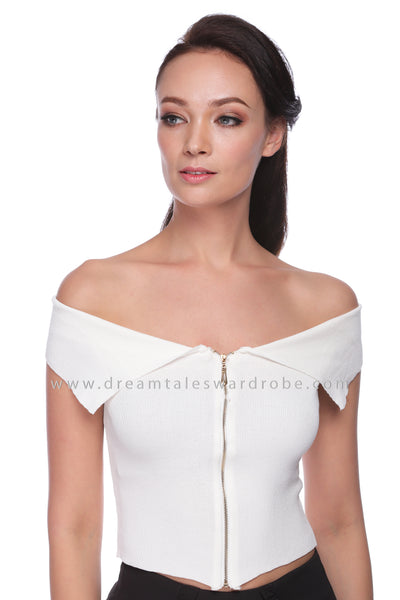DT1066 Flap Collar Details Knitted Top - White
