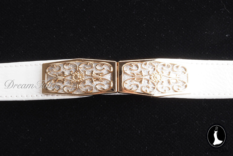 DT020A Floral Craft Buckle Belt- White