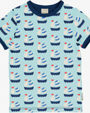 maxomorra tshirt boot blauw SAILBOAT