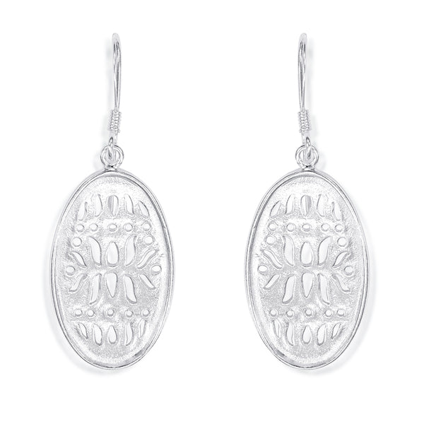 Taraash 925 Sterling Silver Cutwork Oval Shape Earrings For Women CBER330I-01