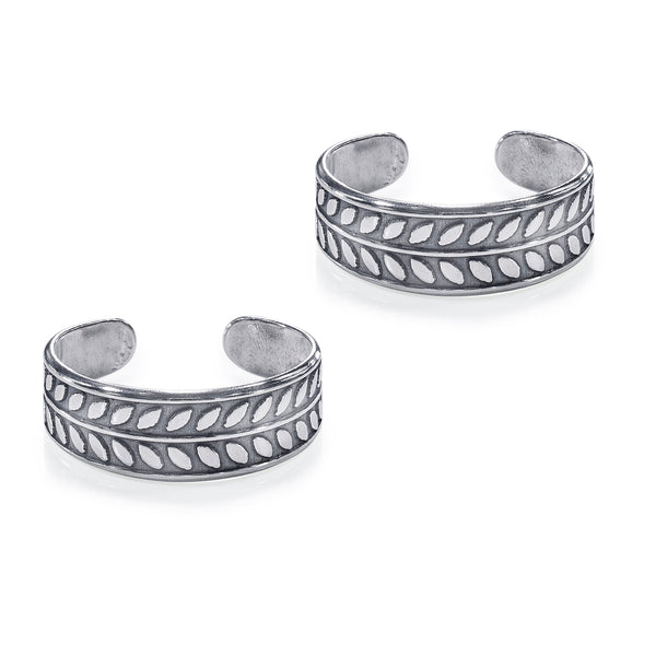 Taraash 925 Sterling Silver Leaf Style Designer Toe Ring For Women LR1150A