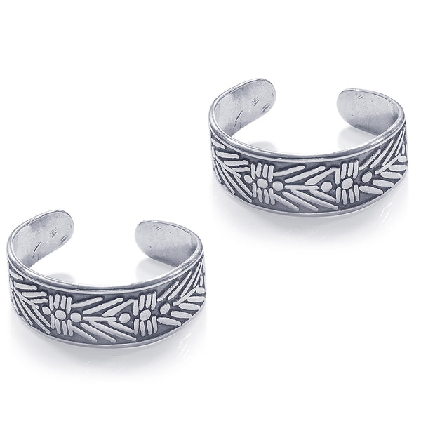 Taraash 925 Sterling Silver Cutwork Toe Ring For Women LR1155A