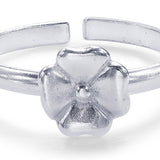 Taraash Sterling Silver Beautiful Modish Floral Toe Ring For Women LR1203S